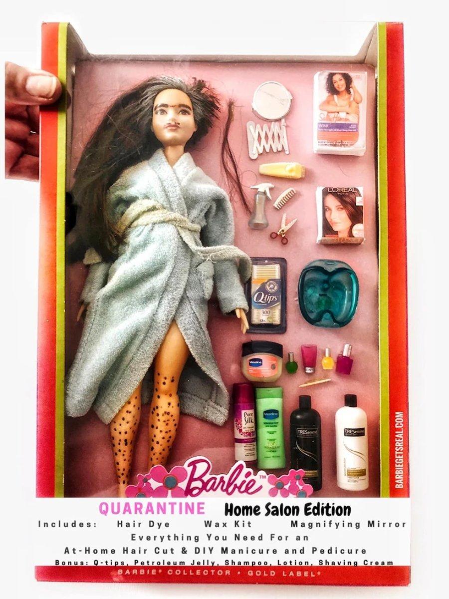 Tonya Ruiz y sus versiones de la muñeca en confinamiento