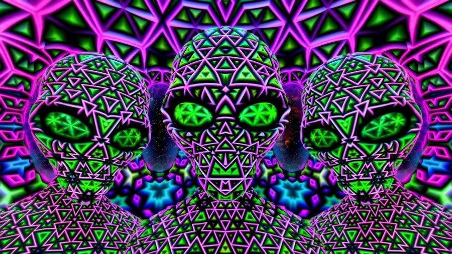 DMT la muerte del ego y el viaje psicodélico /imágen psicodélica de extraterrestres