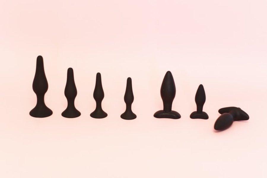 dildos de color negro