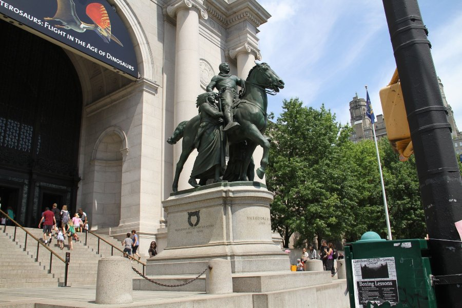 Statue of Theodore Roosevelt at the entrance to the American Museum of Natural History