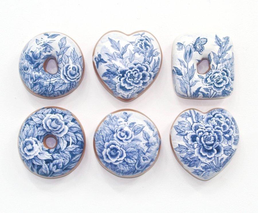 Serie de donas de cerámica creadas por el artista Jae Yong Kim