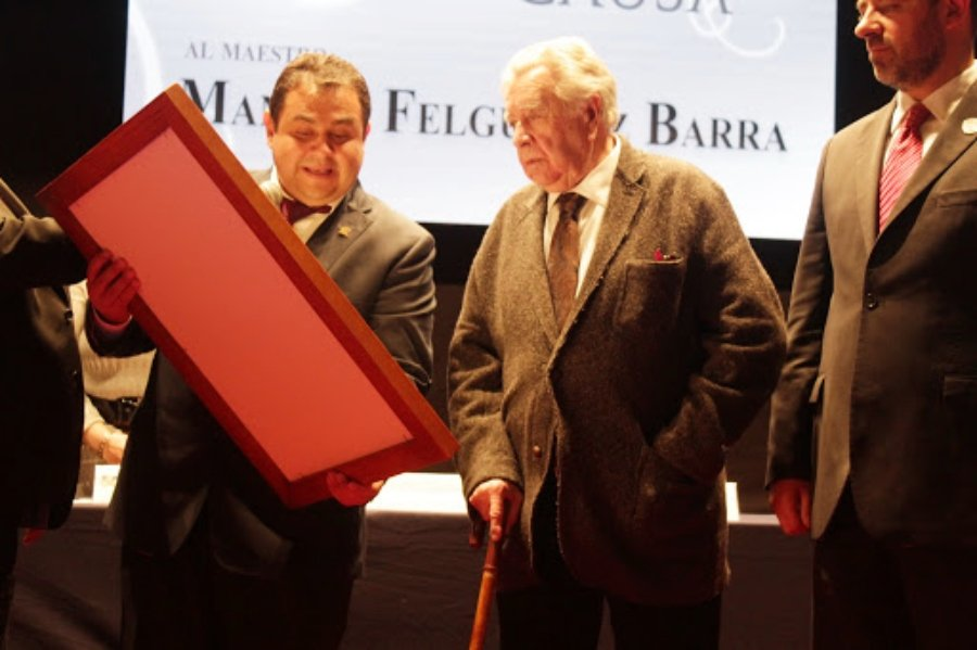 Entrega UAZ doctorado Honoris Causa al artista