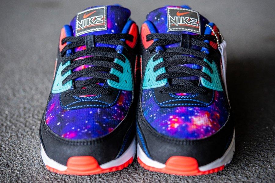 "Nike Air Max 90 ""Supernova 2020"""