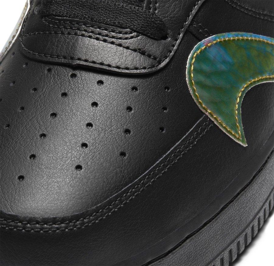 Nuevos Nike Air Force 1 Low con swoosh por todo el tenis (detalle)