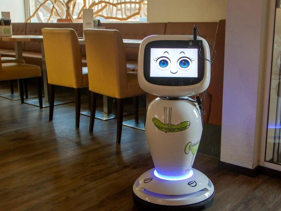 pequeño robot de Dadawan con carita sonriente