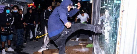 La 5Art Gallery saqueada durante protestas en Estados Unidos