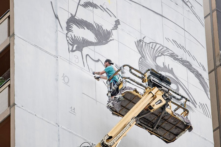 Mural de BustArt en Tegel Berlin / One Wall Project