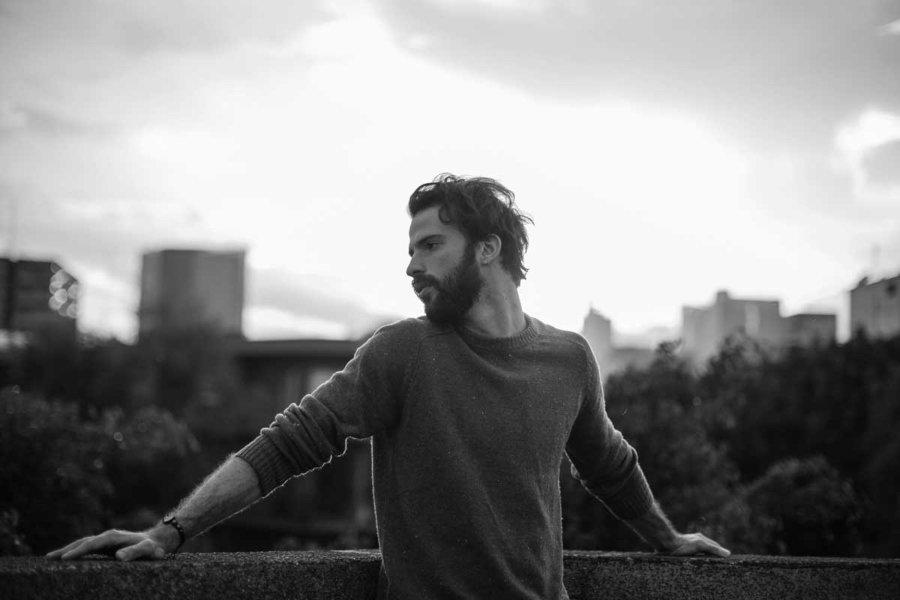 Giorgio Siladi en una fotografía en blanco y negro