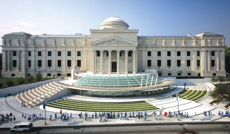 Fachada del Museo de Brooklyn