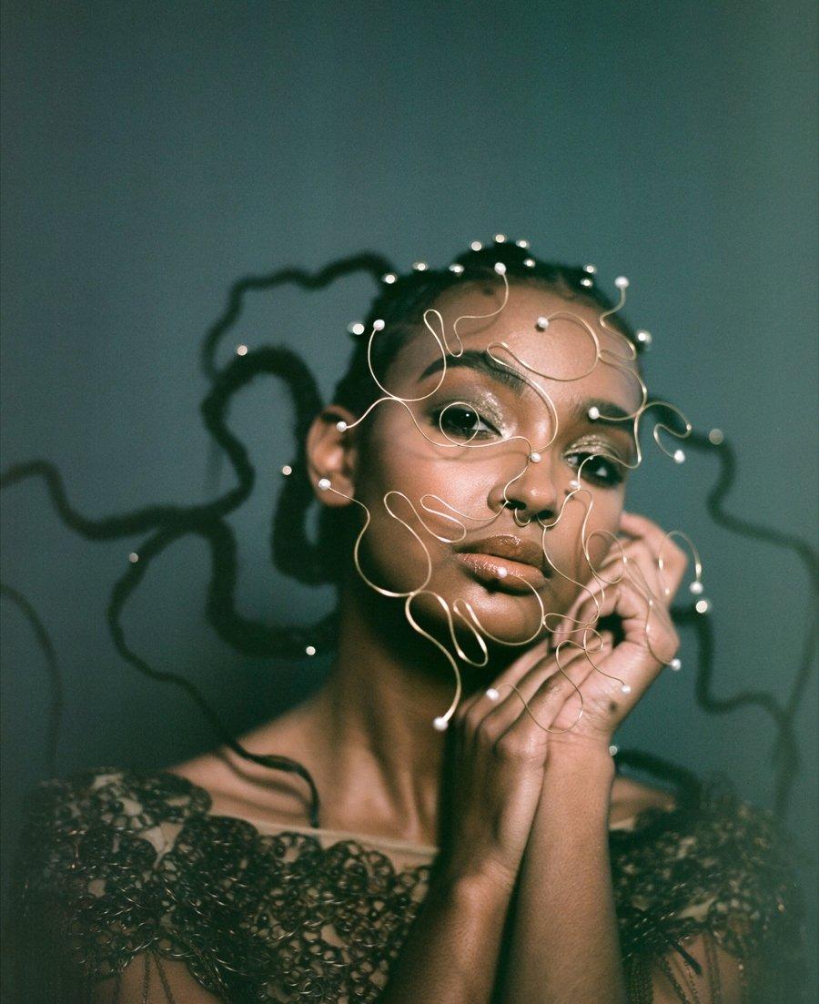 Diseños de joyería escultóricas por ©Laura Estrada Jewelry