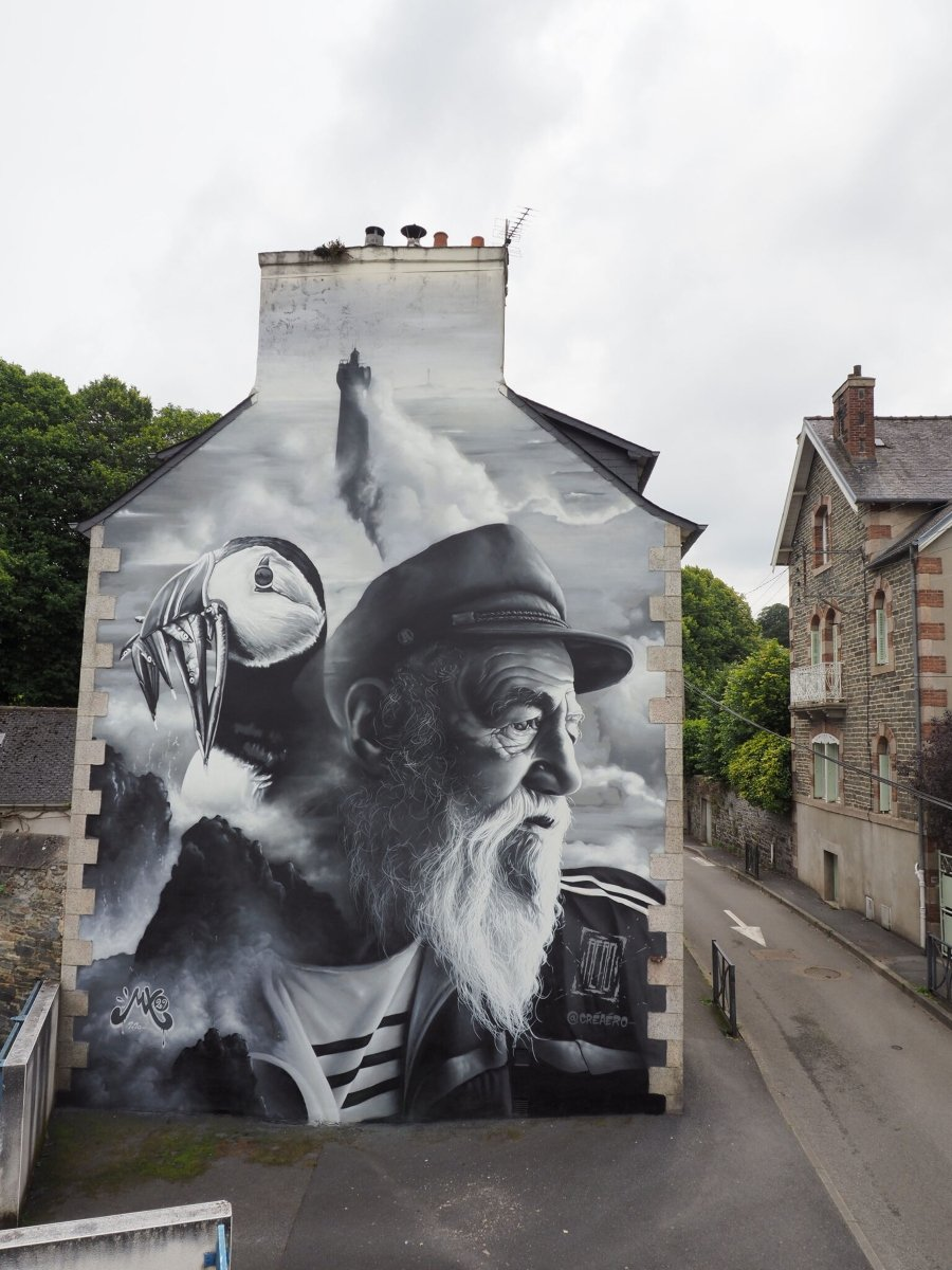 Mural by Aero in France