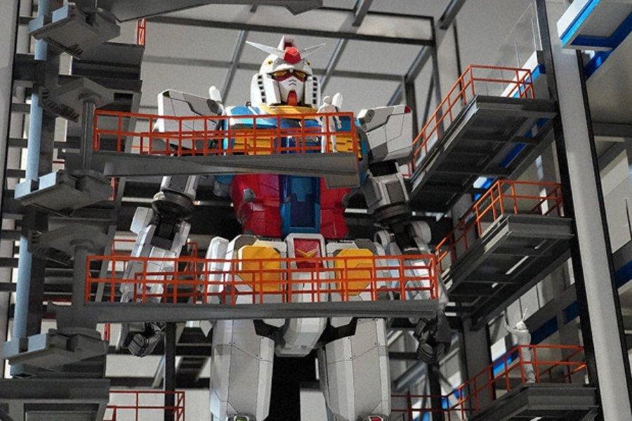 Aspecto del robot gigante de Gundam que se está construyendo en Japón