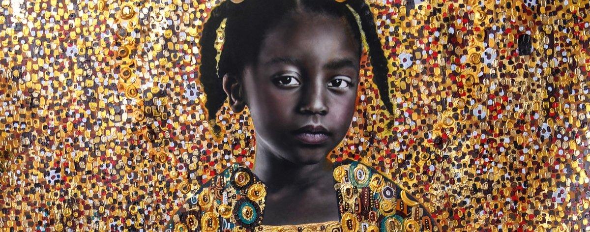 Tawny Chatmon muestra la belleza del cabello negro