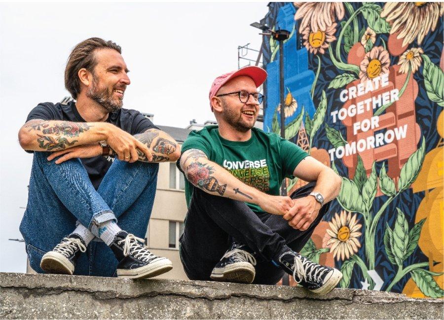 Mural en Varsovia de Dawid Ryski y Maciek Polak con pintura ecológica