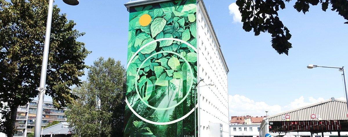 Fabio Petani presentó nuevo mural en Italia