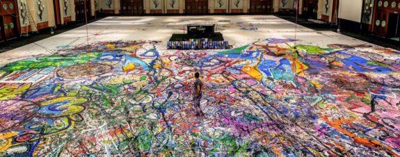 Sacha Jafri pintó el lienzo más grande de Dubai