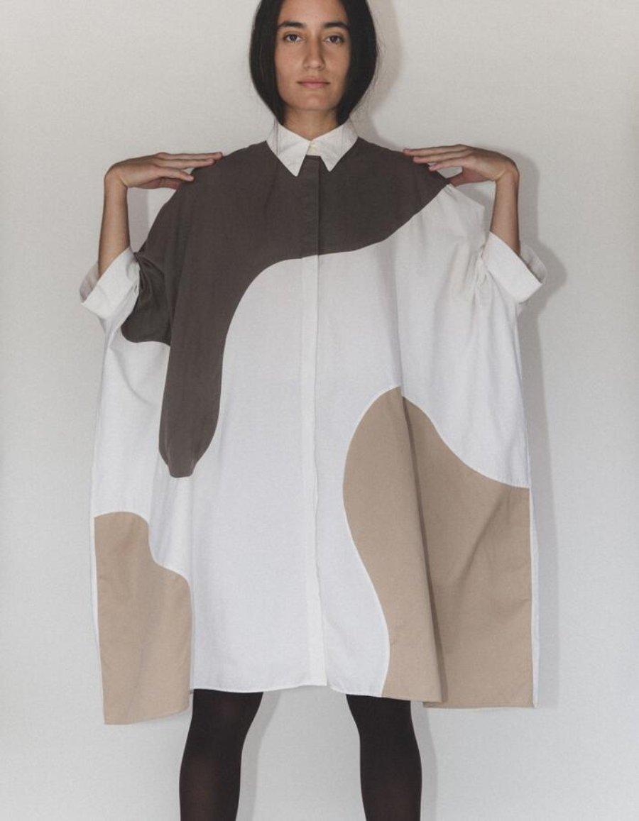 Prenda diseñada por Martin Across