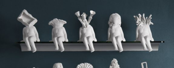 Morel Doucet y sus esculturas humanoides de porcelana