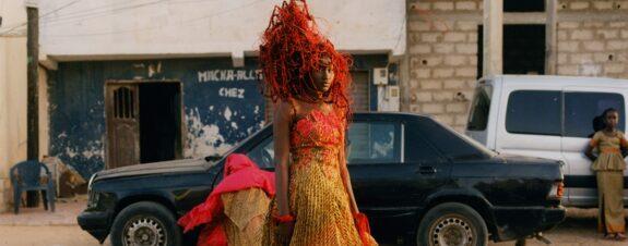 Toby Coulson capturó en fotos las creaciones de la diseñadora Oumou Sy