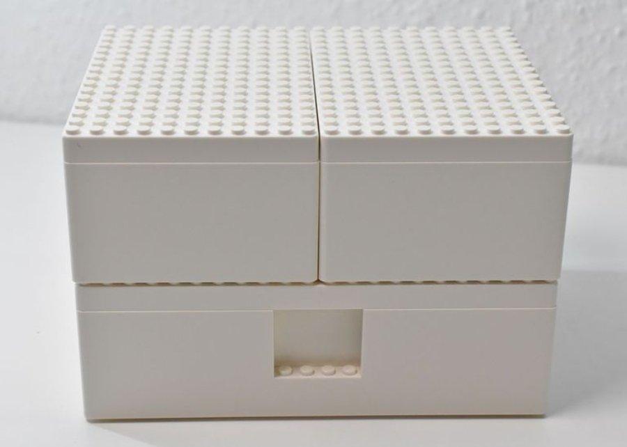 Aspecto de las cajas Bygglek de Ikea y Lego