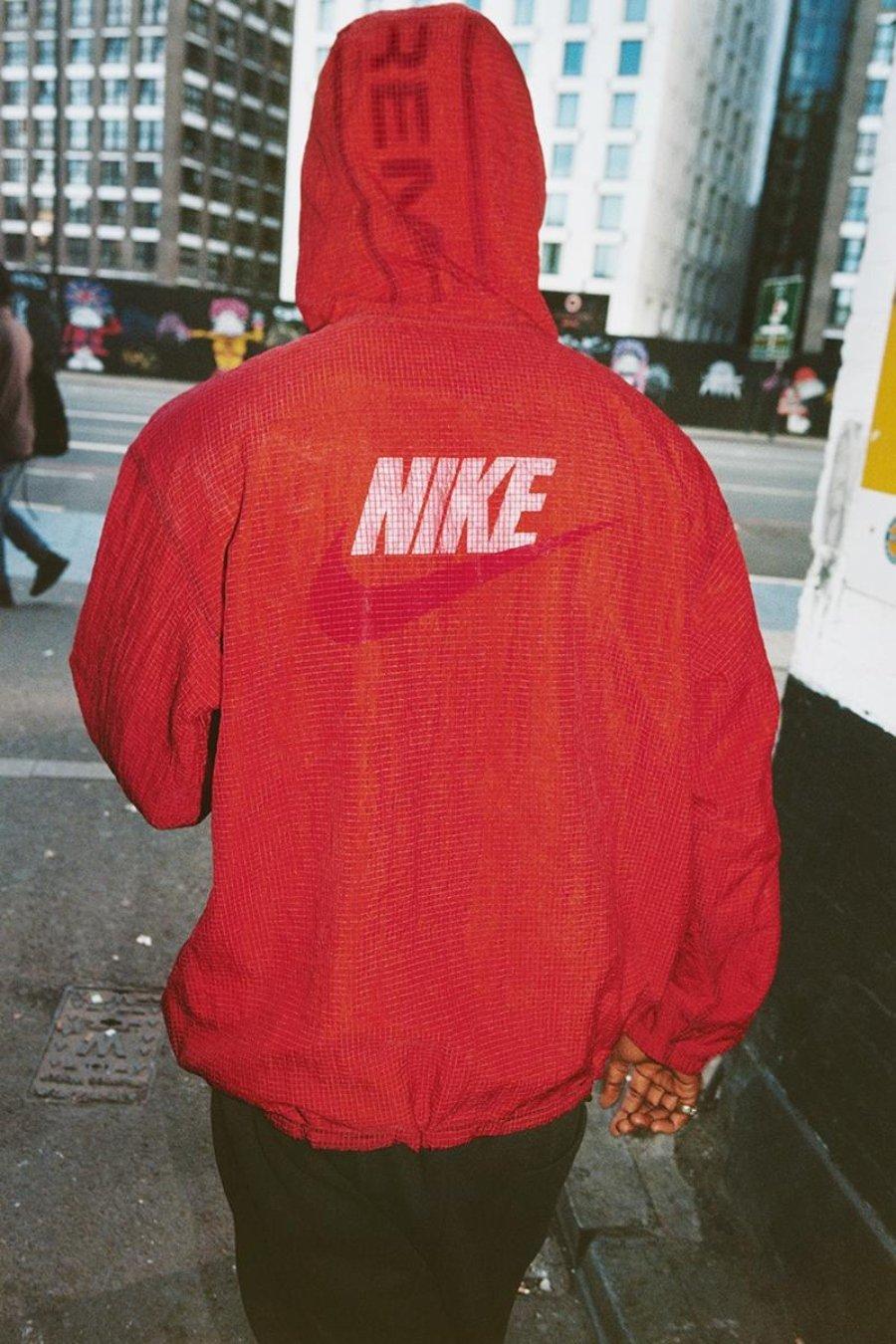 Anorak reversible de Nike x Supreme