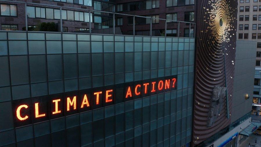 Esta instalación cuenta el tiempo para el desastre climático