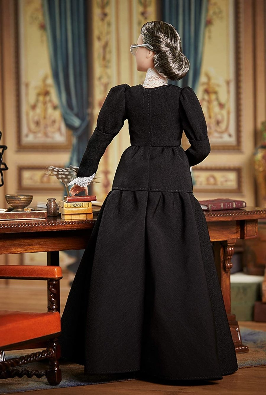 Muñeca de la serie Inspiring Women