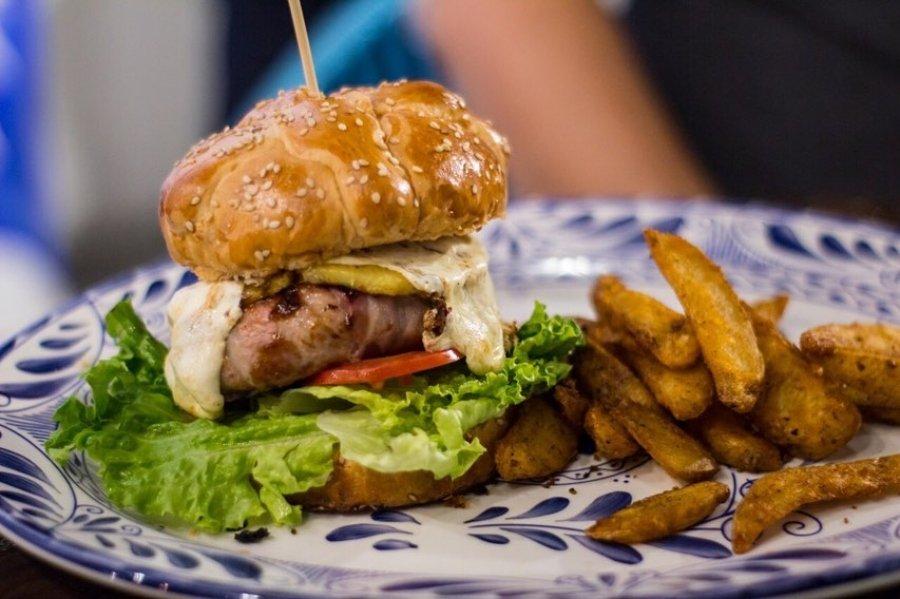 Aspecto de la hamburguesa de pan de muerto