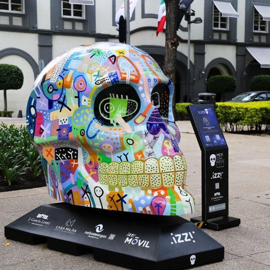 Los Mexicráneos llegan al paseo de la Reforma en la CDMX