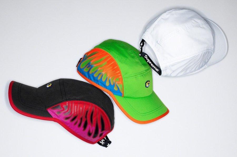 Gorra Supreme con su última colaboración con Nike