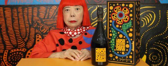 Yayoi Kusama diseña botella de champagne