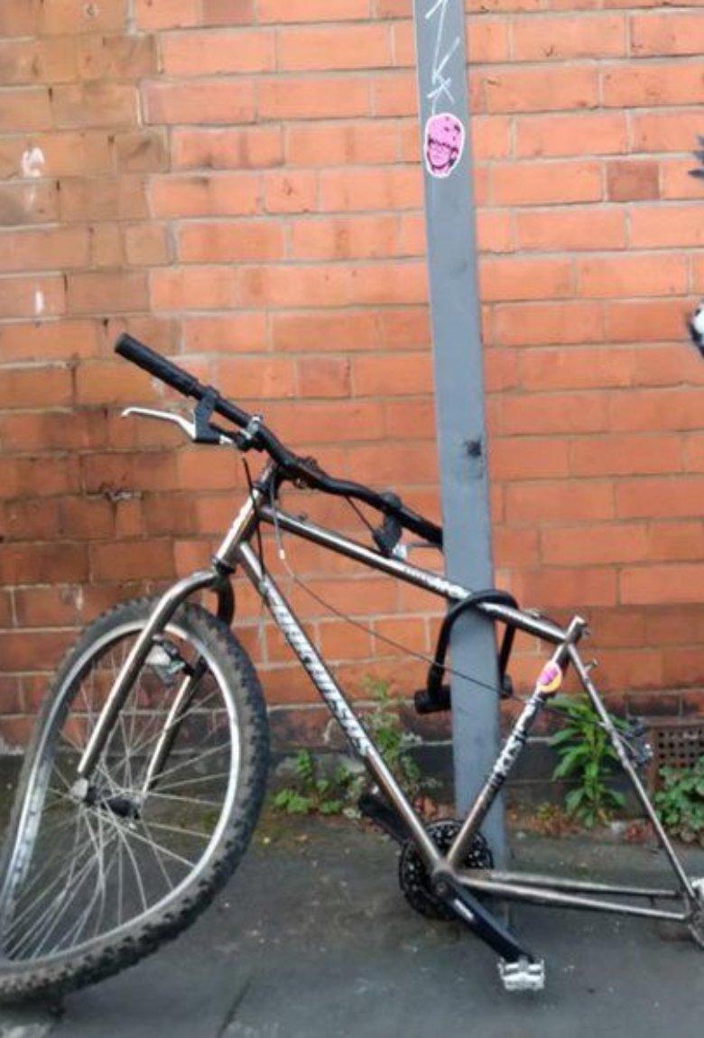 Desapareció bicicleta de la reciente obra de Banksy