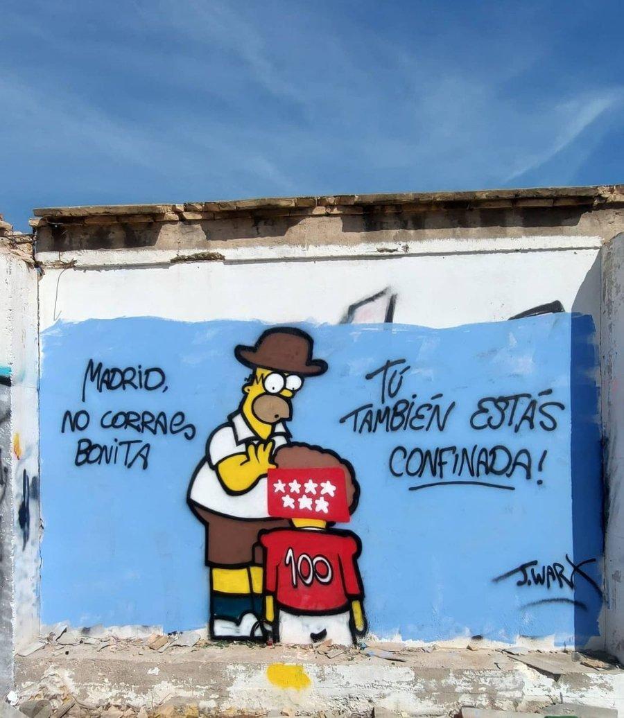 Graffiti mural por J Warx