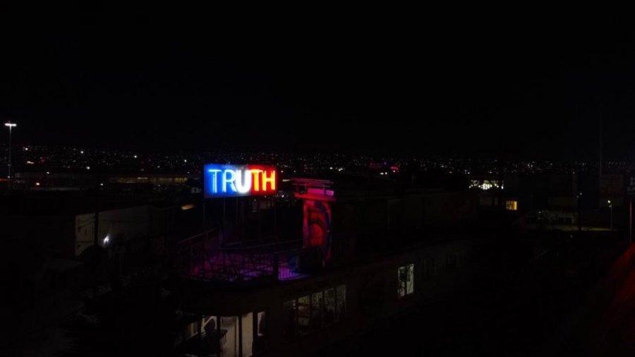 Truth/Lie, lo nuevo de Stefan Brüggemann en Tijuana