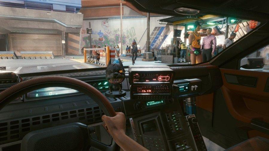 Aspecto del interior del auto en cyberpunk 2077