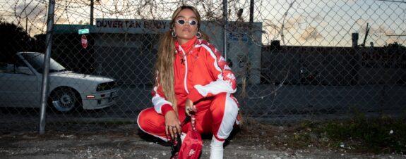 Karol G Y Kappa lanzan primera colaboración de ropa