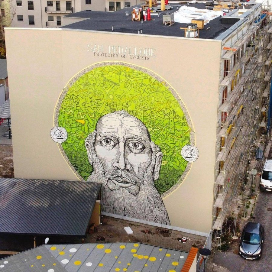 "Los murales del mes de diciembre, mural ""San Pedaleone"""