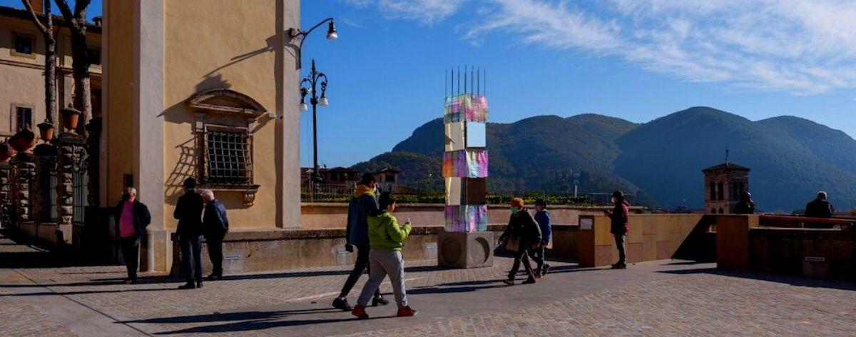 """Alberonero presentó su obra """"PILA"""" en Rieti, Italia"""
