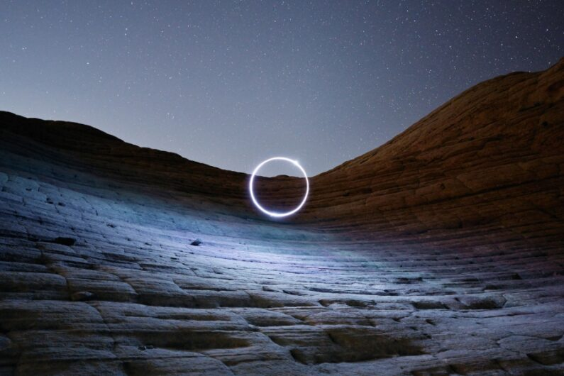 """Fotografía de """"Light Storm"""" de Reuben Wu"""