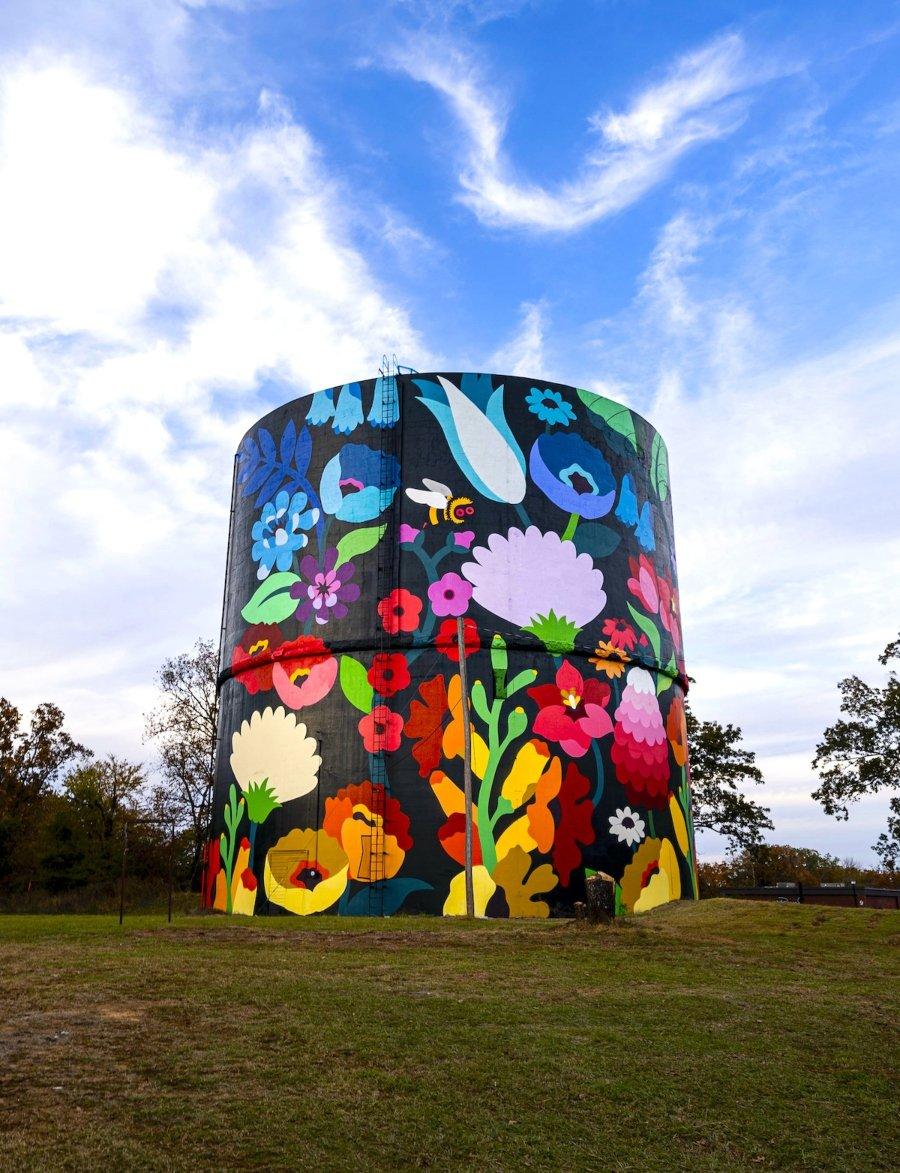 "Mural ""Magic Unity"" por Dabsmyla"
