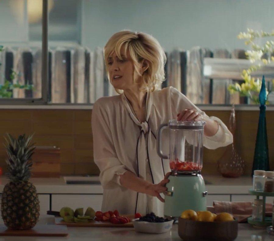 Winona Ryder en el nuevo comercial de Cadillac