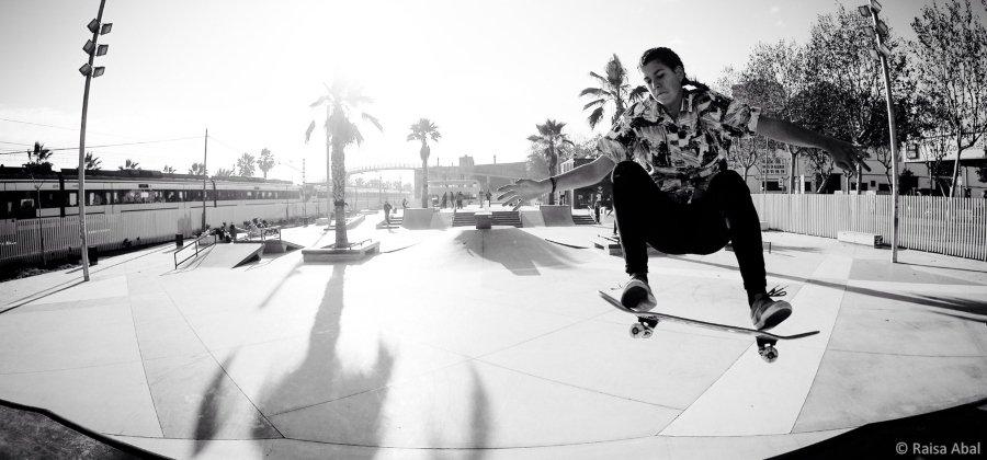 Campeonato Street de skateboarding España 2021; persona haciendo skate