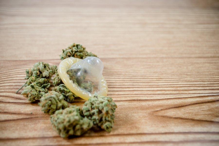 Marihuana y condón
