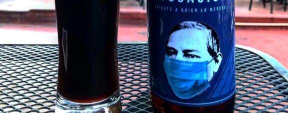 Cerveza Evocación le pone cubrebocas a Benito Juárez
