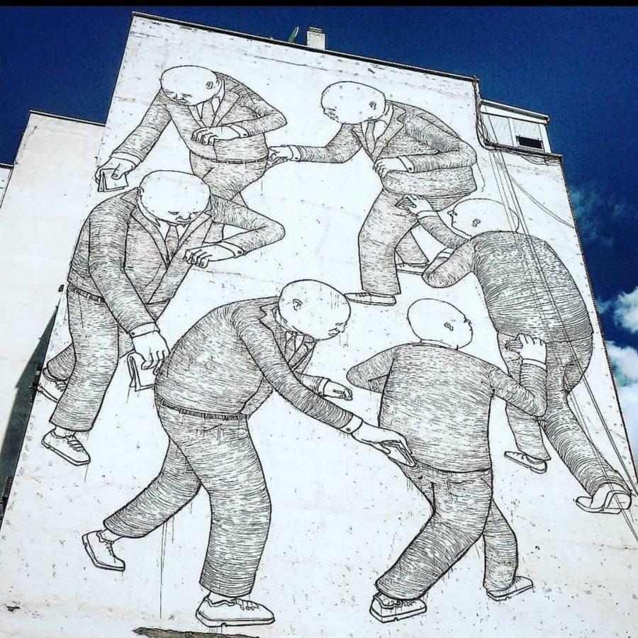 Mural de Blu en Madrid