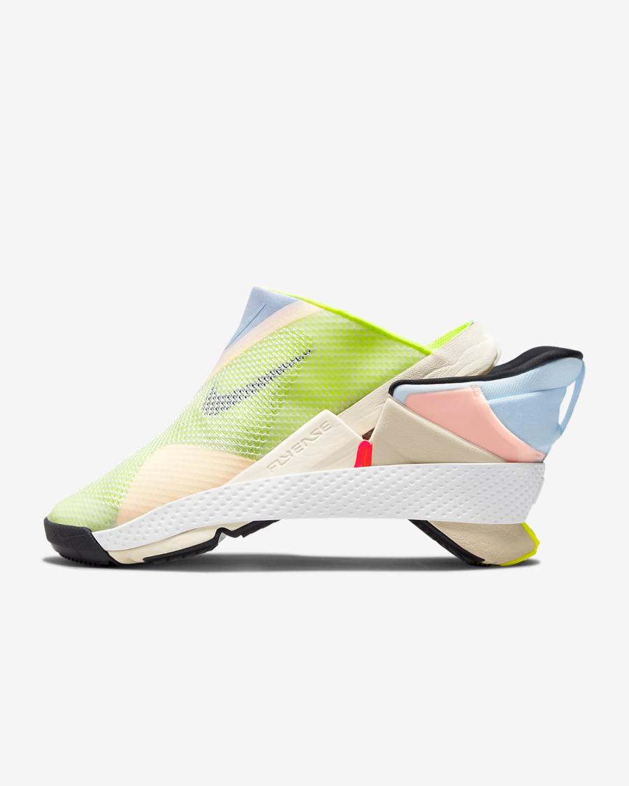 Sneakers de Nike que se ponen y quitan sin utilizar las manos