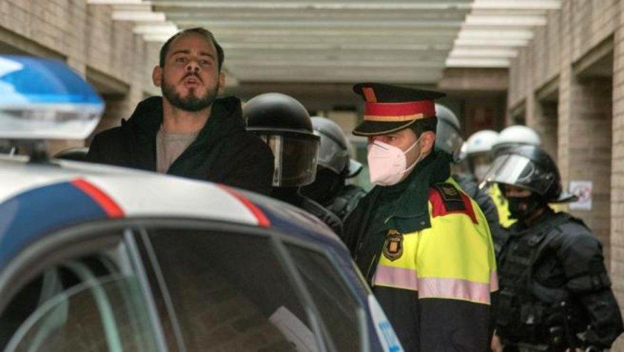 Rapero Pablo Hásel es detenido