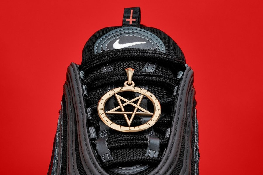 Nike demandó a Lil Nas por polémicos sneakers