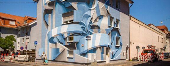 Peeta y la superposición de los murales tridimensionales