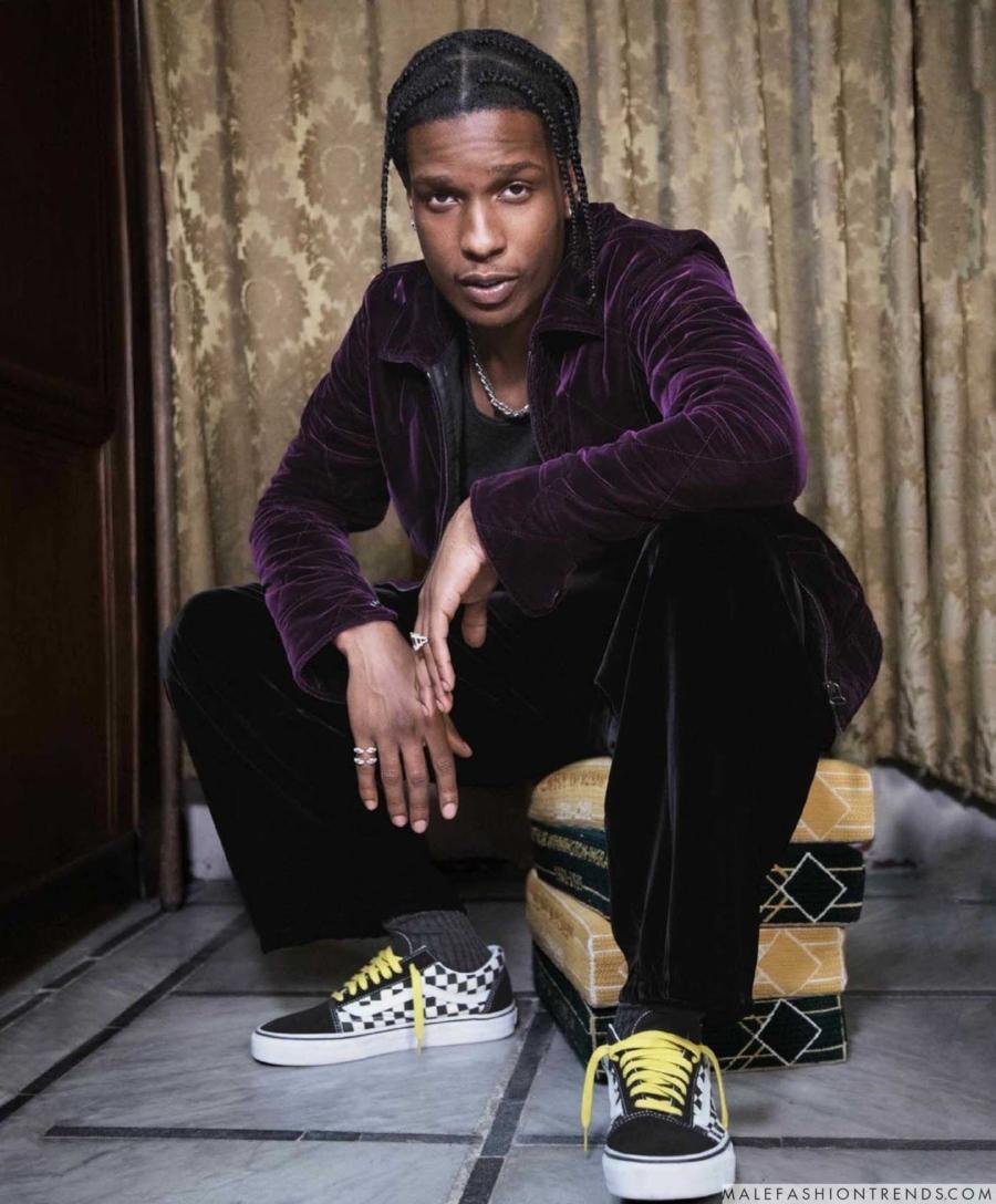 El fotógrafo nigeriano Andrew Dosunmu captura al rapero A$AP Rocky en páginas de la edición Holiday de GQ Style para este 2017